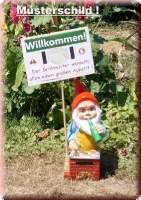 Gartenzwerg am Grill mit Bier und individuellem Schild - 4828090